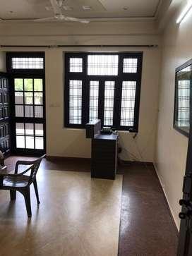 Ground floor 2 bedroom independent floor for boys or family in c-block