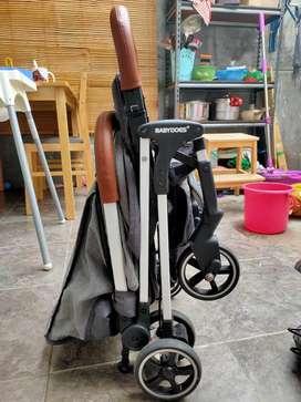 Preloved Stroller baby does CH 344
