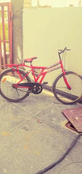 Mere pas bike h islye sell kr rha hu