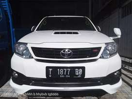 Toyota fortuner g trd 2014 diesel,,km 92rb asli,,mulus dan terawat