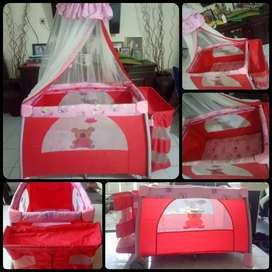 Box / tempat tidur bayi