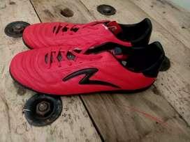 SALE!!! Sepatu futsal Specs