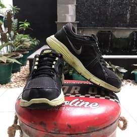 Sepatu Nike Dualfusion original