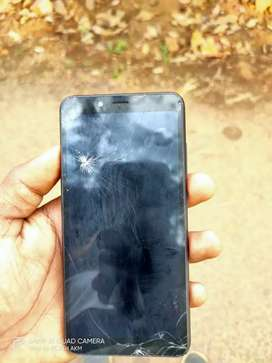 Mi 6a good condition...glass slightly broken..no touch complaint..