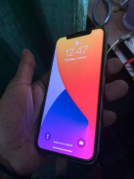 Iphone x 256GB with orginal box 9/10 software unlock