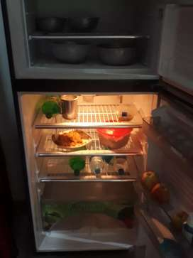 Dawlance fridge 3 years old model total jenuine only serious buyers