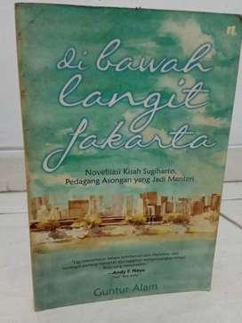 Di bawah langit Jakarta - Guntur Alam