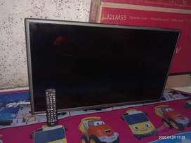 Tv LG 32inch mulus segel tinggal pake