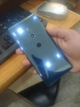 Sony XPERIA XZ2 (PTA approved) 10/9.8 single sim (only phone)