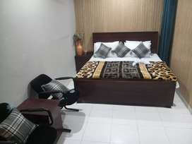 HOTEL luxurious  room 2999 & Might stay 3900 & rooms weekly 18000