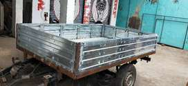 Light commercial vehicle body
