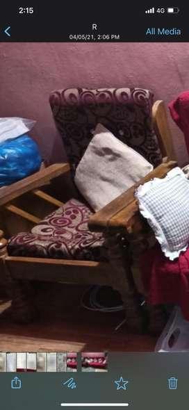 Best condition sofa set