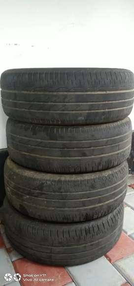 Innova crysta tyre(215/55 R17)