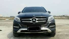Mercedes Benz GLE 250D CDI Diesel Hitam 2016 Pemakaian 2017