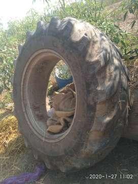 Ferguson Tractor engine tyres.