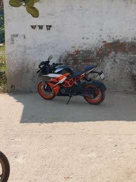 KTM RC 200 EXCHANGE WITH ANY CAAR