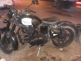 Royal enfield 500 cc classic  In Very good condition