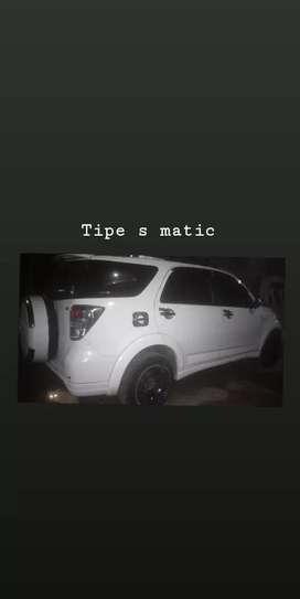 Toyota Rush tipe s matic