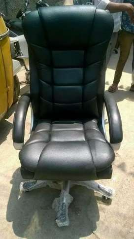 Brand New MD chairs rs.3500 only