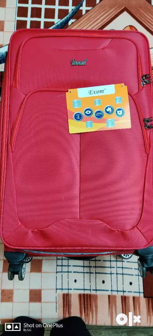 Travel trolly bag with wheels