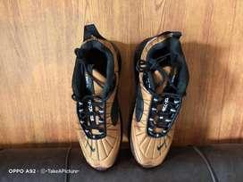 Sepatu Nike Air Max 720 818 Metallic Copper