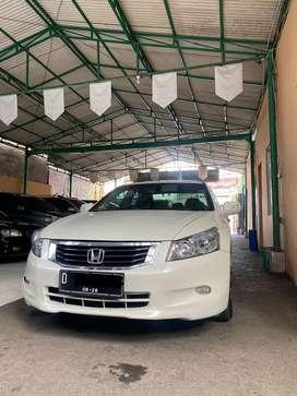 Honda Accord Akord VTi-L AT 2010. Bukan Camry