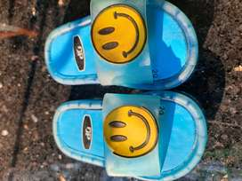 Slippers for 2 year kids