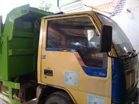 Dum truk mitsubishi ragasa AE th 2000