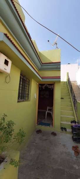 Itz owner property ..now this house is on rent. Monthly rent 4000.