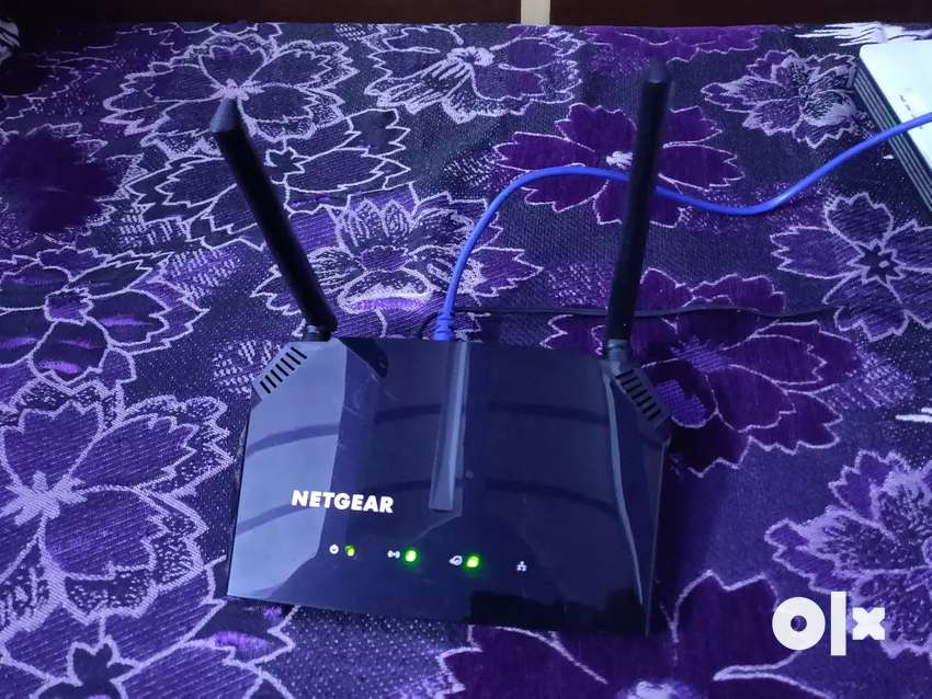 Netgear R6120 DUAL BAND ROUTER MINT CONDITION 0