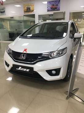 Honda Jazz  base, 2019, Petrol