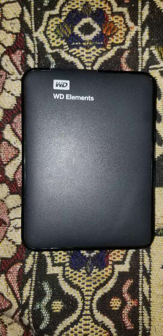 WD elements portabl  2TB fresh condition