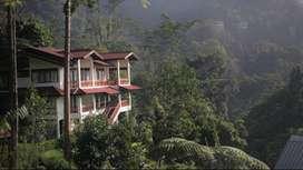 Dijual Villa Di Puncak - Villa Mega Indah, Megamendung, Bogor