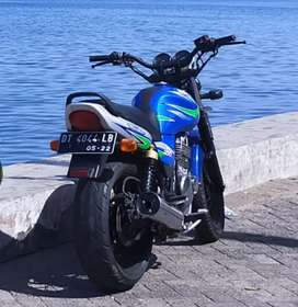 Suzuki Thunder 250cc