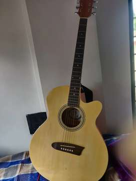 Moving out sale! Guitar for sale !