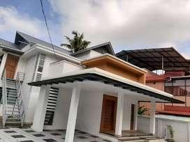 8.50cent plot with 2800 sq. Ft 5 BHK house in mundakal