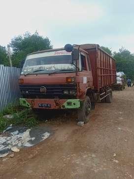 truck nissan cka 96