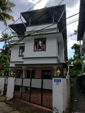 3 Bhk Independent House for rent Medical center hospital Vennala.