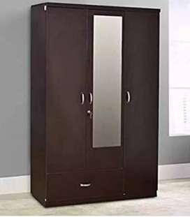 3 door wooden almirah with dressing table