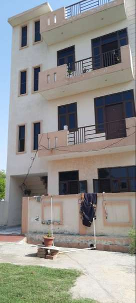 Beautiful Spacious Flat in Wonder City on Meerut Bypass.