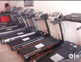 Treadmill hi treadmill /exercise cycle /dumbell