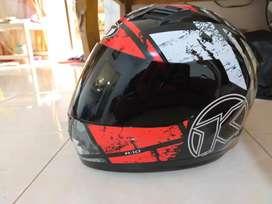 Helm KYT R10 Seri 3 Size XL