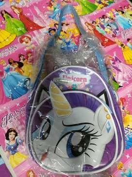 Tas mini unicorn baru yah cod gosend bisa inbok aja kaka