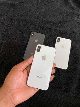 Iphone x 256gb silver n black dispaly change