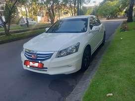 Accord VTI-L nik 2011 Low KM !