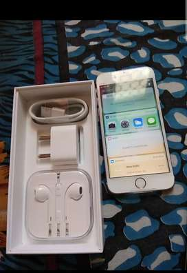 iPhone 6s 32GB only for month use bill box earphone