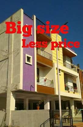 3 bhk flat in mansarovar ext. Near Mahima elanza