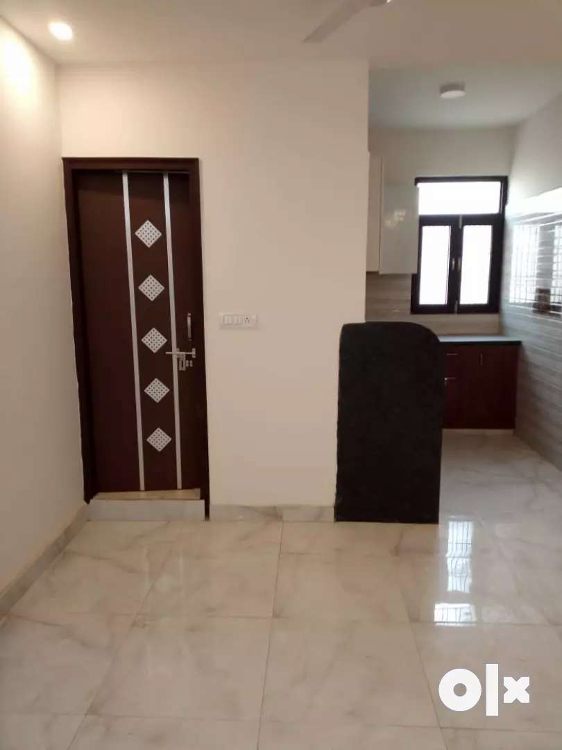 2bhk flat 32 lac only on road property 0