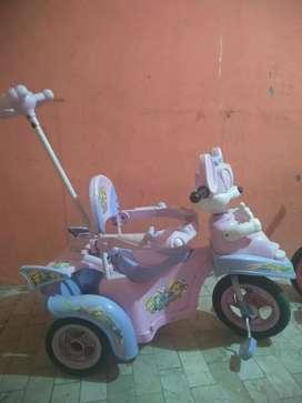 Sepeda dorong untuk usia 1tahun sampai 2 tahun