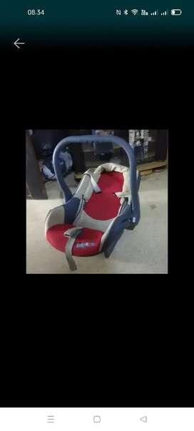 Baby Car Seat Preloved